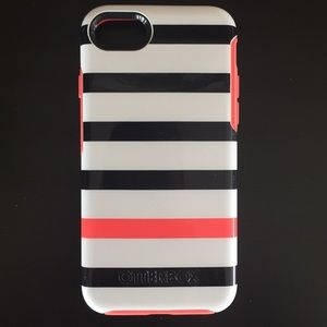 OTTERBOX iPhone 6/7 Striped Case